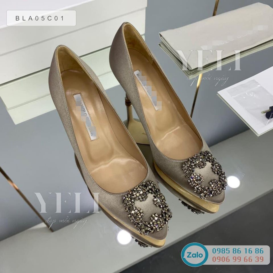 [ORDER] Manolo Blahnik Pump shoes